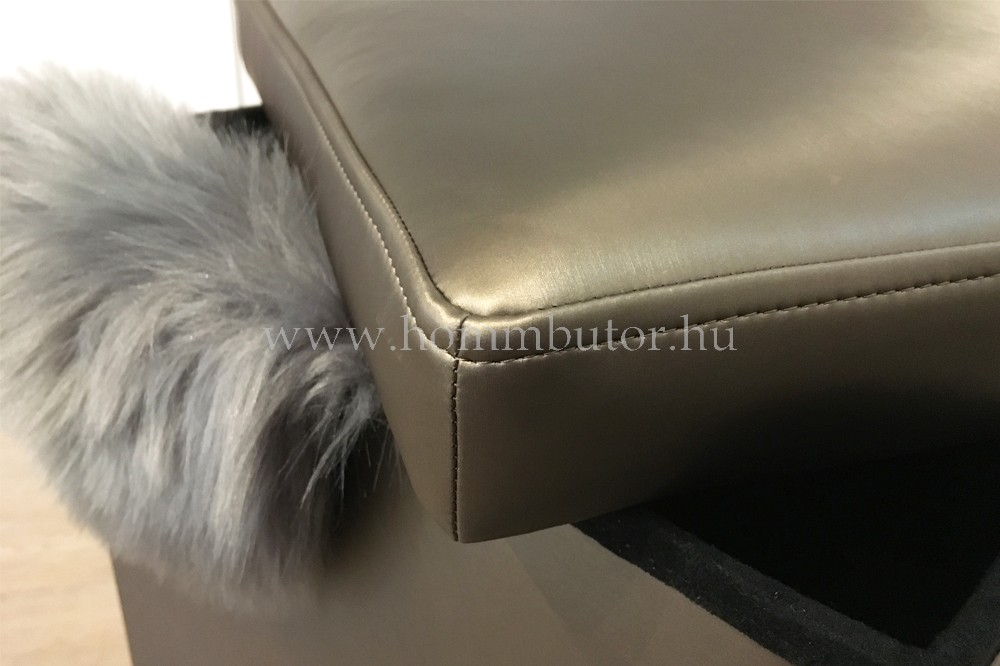 PACKAGE ülőke 40x40 cm arany